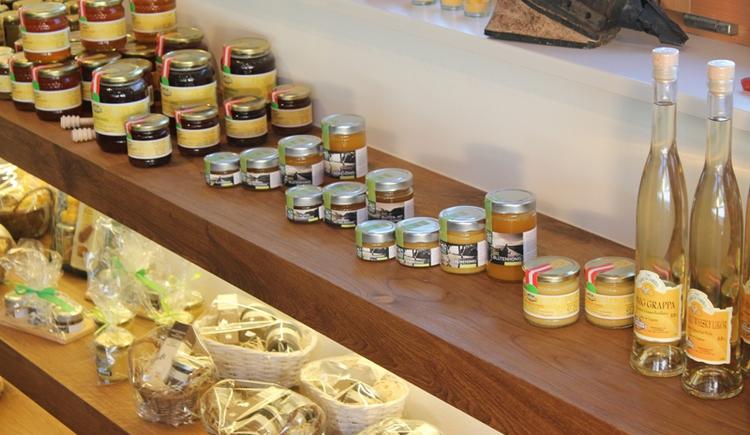 Honig in verschiedenen Varianten (© Bienenhof Attersee)