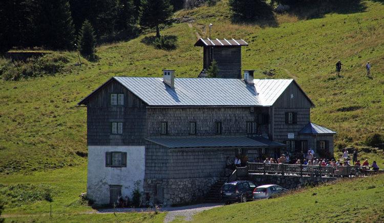 Sepp-Huber-Hütte am Kasberg im Bergsteigerdorf Grünau im Almtal. (© Tourismusverband Almtal-Salzkammergut)