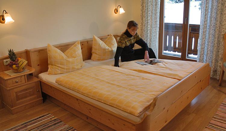 Weitere Ansicht eines Doppelzimmers im Gasthof zur Wacht bei Strobl am Wolfgangsee.