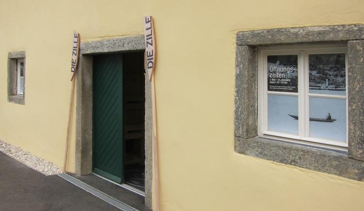Eingang zur Ausstellung. (© Schiffleut v.o. Donautal)