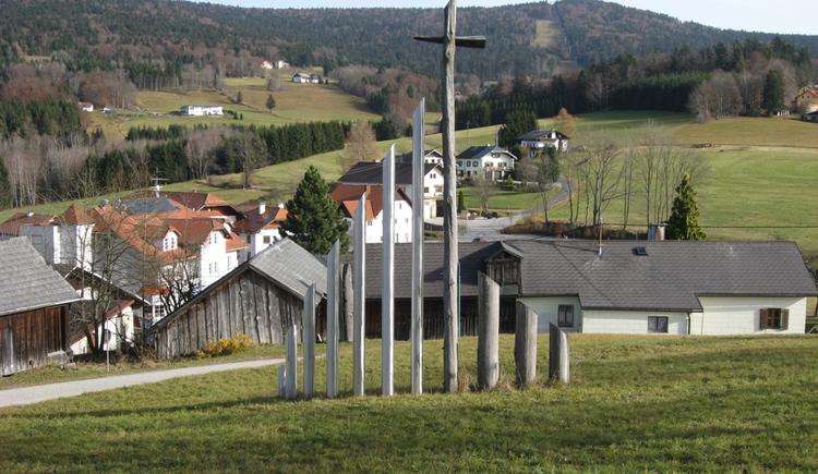 Schwarzenberg mit Blick auf die Skipiste (© Gemeindeamt Schwarzenberg am Böhmerwald)