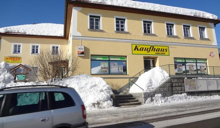Kaufhaus & Schiverleih HAUER