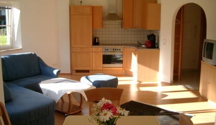 Ferienwohnung Erdgeschloss - Küche & Wohnzimmer