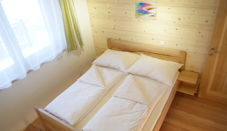 Schlafzimmer aus Bucheholz (© Schwarzenbach)