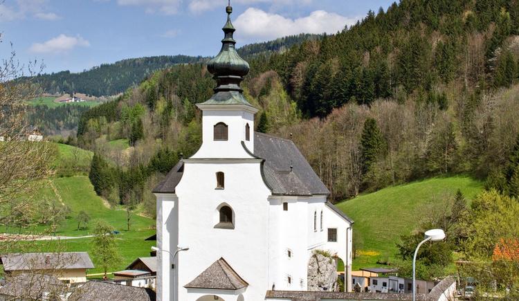 Friedhofskirche St. Leonhard zu Spital am Pyhrn (© TVB Pyhrn-Priel/Sulzbacher)