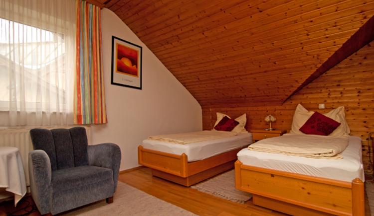 Gemütlich wohnen in Zentrumsnähe im Hotel Sandwirt in Bad Ischl. (© Hotel Sandwirt)
