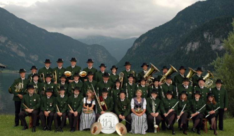 Group picture of the brass band Untersee.