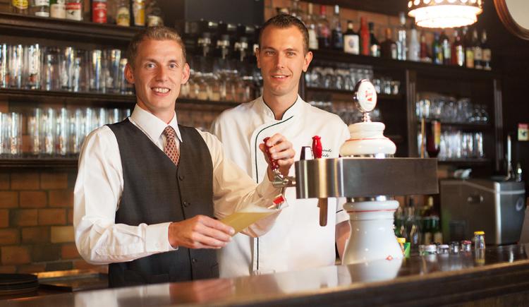 Florian Kurzmann und Christian Schatz freuen sich auf Ihren Besuch