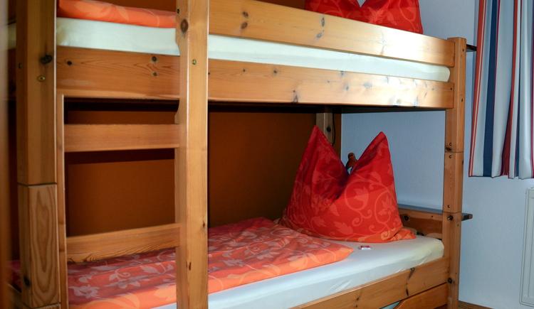 Kinderzimmer Apfelbaum (Stockbett) (© Jung)
