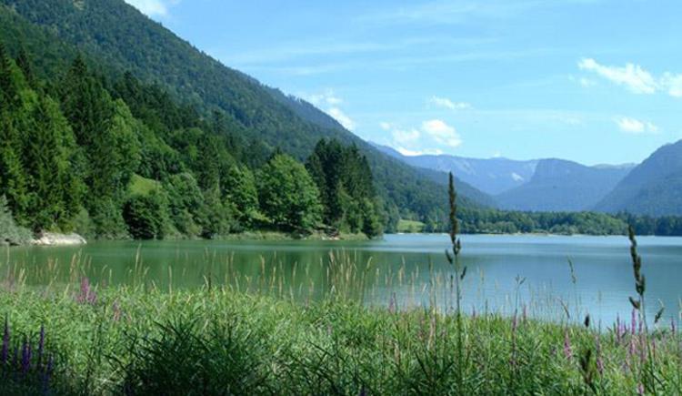 Lake Hintersee - only 10 minutes to walk (© Tourismusverband Faistenau)