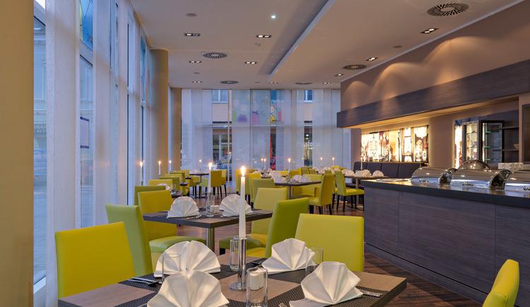 Restaurant Square. (© ?soenne.com)