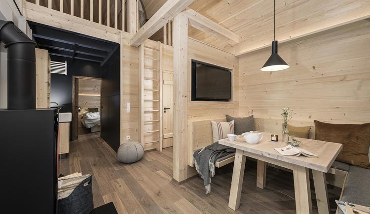 Wohnbereich in der Holzknechthütte (© Ramenai Das Böhmerwaldlerdorf)