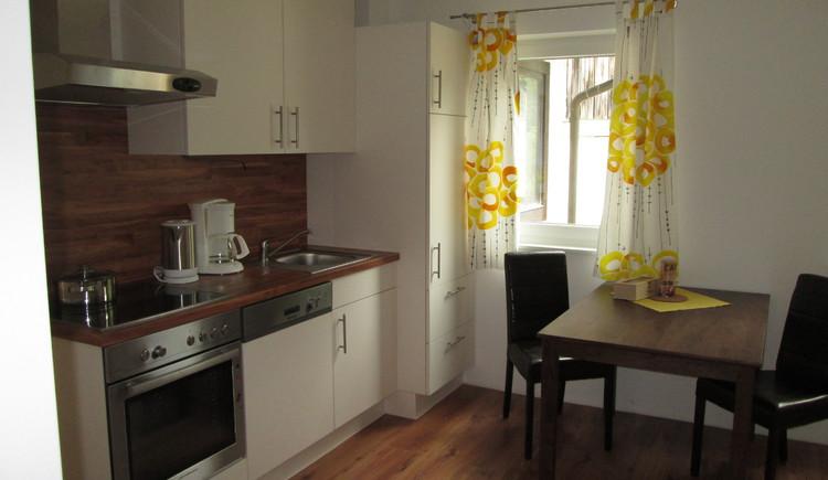 Die Küche im Haus Steinbrecher in Hallstatt ist modern ausgestattet.