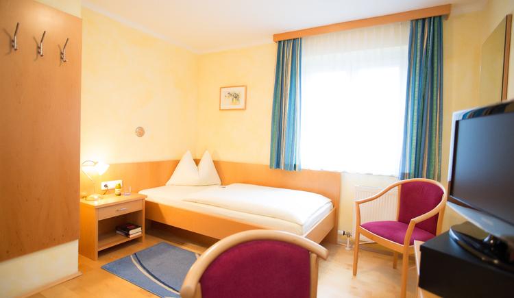 Single room, bed and breakfast Maria Theresa in Bad Goisern, Salzkammergut