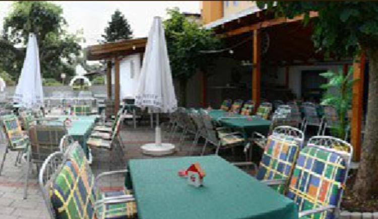 Der Italiener, Italienische Spezialitäten und Pizza\nFremdenzimmer