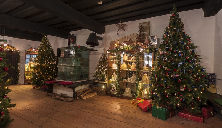 weihnachtsmuseum-2-c-attenedergrafikdesign-zachl