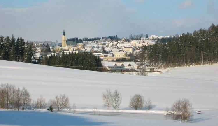 Langlaufen im zauberhaften Böhmerwald (Mühlviertel/Oberösterreich) auf den skating- oder parallel gespurten Loipen der Region. (© Schwarzmann)
