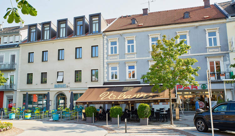 Cafe Urbann Bad Hall, Schanigarten (© holnsteiner)