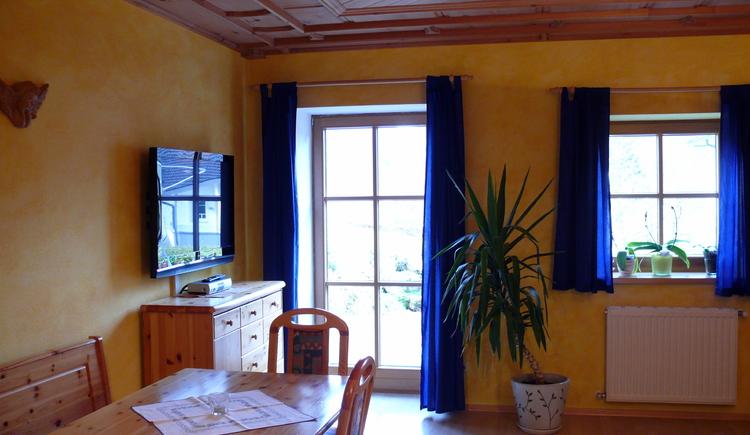 Geräumige, stilvoll eingerichtete Ferienwohnungen für unbeschwerte Urlaubstage im Haus Wesenau.