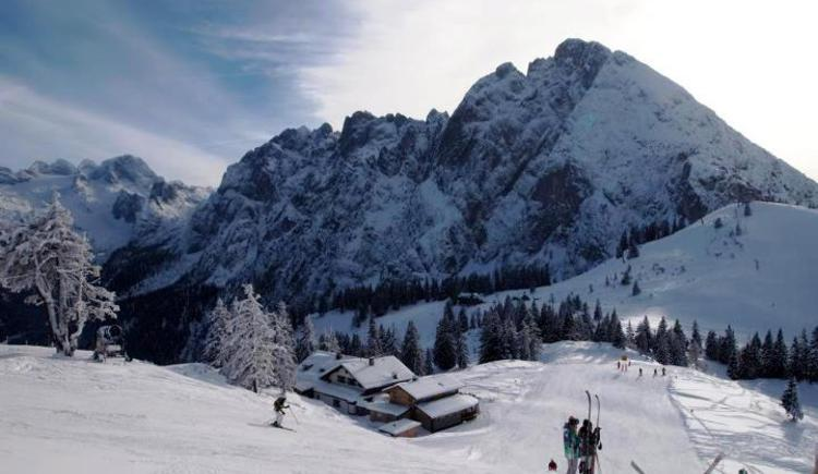 Skiing up on top at Dachstein West ski area