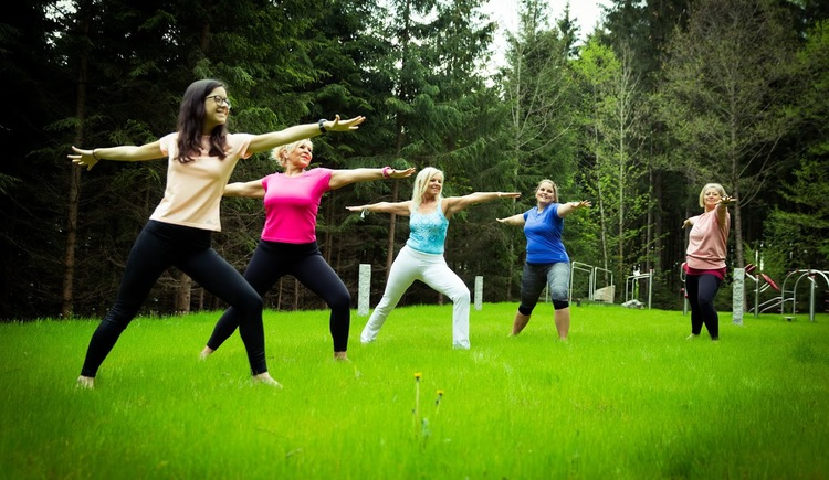 Yogawiese-Vortuna (© Vortuna Gesundheitsresort Bad Leonfelden)