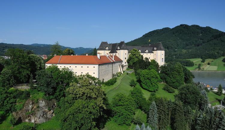 Schloss Greinburg auf dem Hohenstein