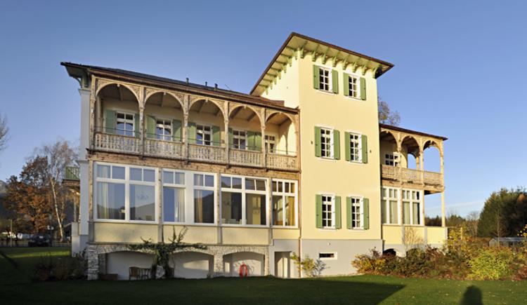 Residenz Seehof Seeseite