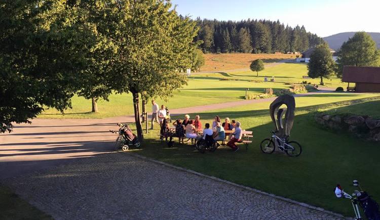 E-Bike-Ladestation am Golfpark Böhmerwald (© Böhmerwald Golfpark)