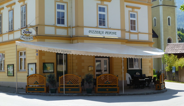 Die Pizzeria Pepone befindet sich direkt im Zentrum von Bad Goisern.