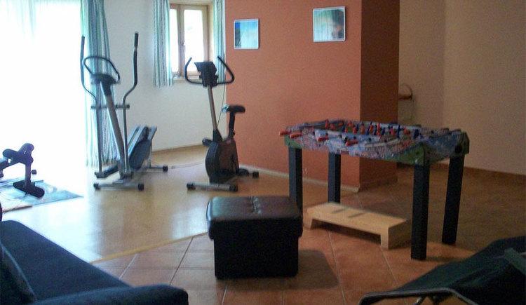 Fitnessraum des Sportlerhof in Grünau im Almtal. (© Sportlerhof in Grünau im Almtal)