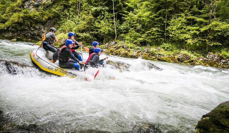 Wildwasser Rafting (© OÖ Tourismus/Susanne Einzenberger)