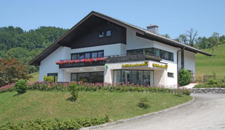 Bankgebäude - Raiffeisenbank Süd (© Raiffeisenbank Attersee Süd)