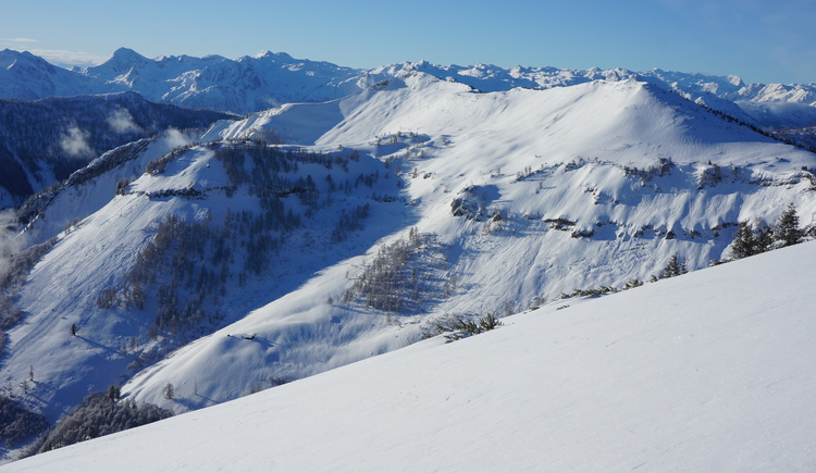 Gipfelpanorama. (© WTG)