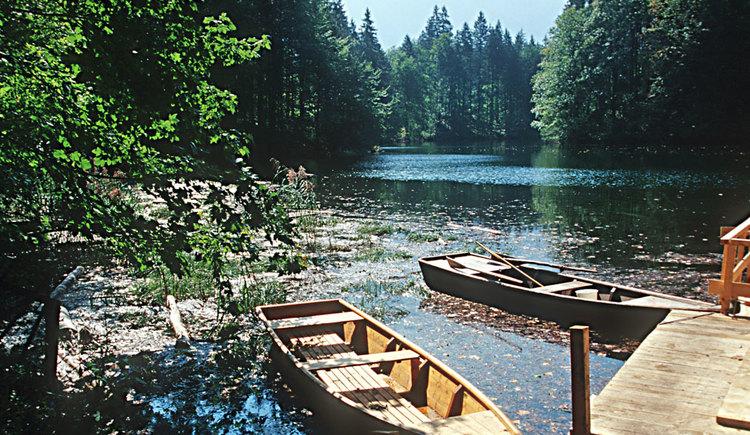 Holzboote Ödsee. (© Josef Limberger)