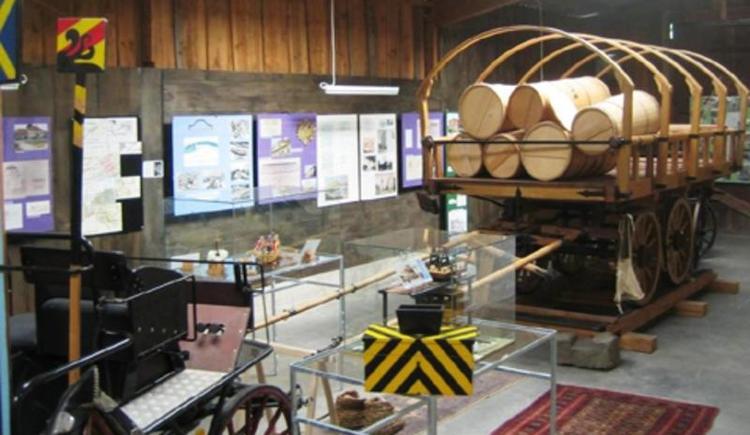 Bahnzeit/Pferdeeisenbahnmuseum der Südstrecke