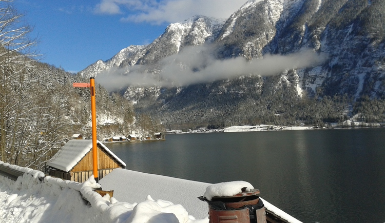 Lake Hallstatt in winter.