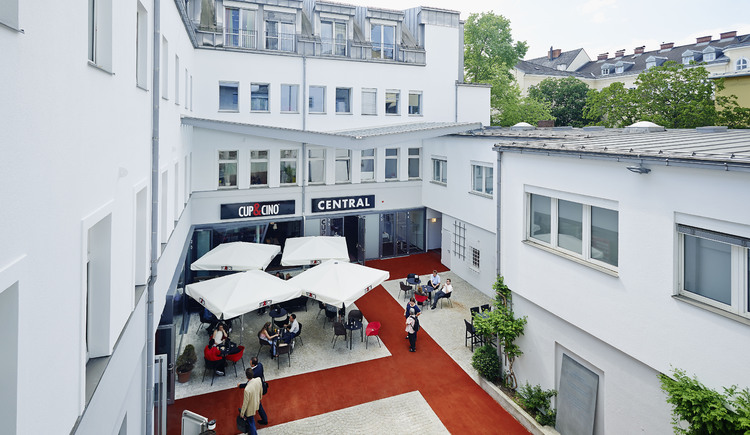 Außenansicht Central Linz