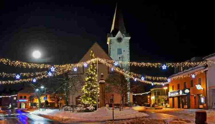 Neue Weihnachtsbeleuchtung (© Johann Mülleder)