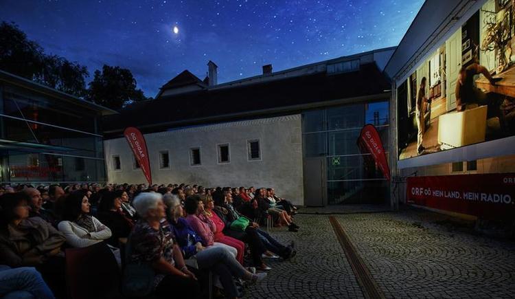 Minoriten Schießerhof außen - Sommerkino