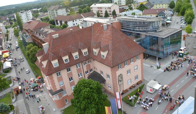Altes und Neues Rathaus (© Stadtgemeinde Laakirchen)