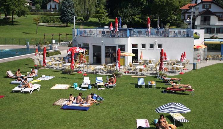 Strandbad Seewalchen am Attersee (© TVB Attersee-Salzkammergut, Helmut Klein, www.picturesexclusive.com)
