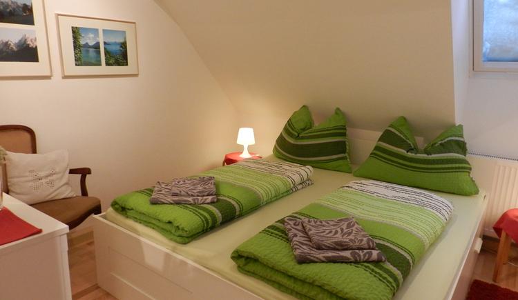 Schlafzimmer. (© Ferienwohnung Carl)