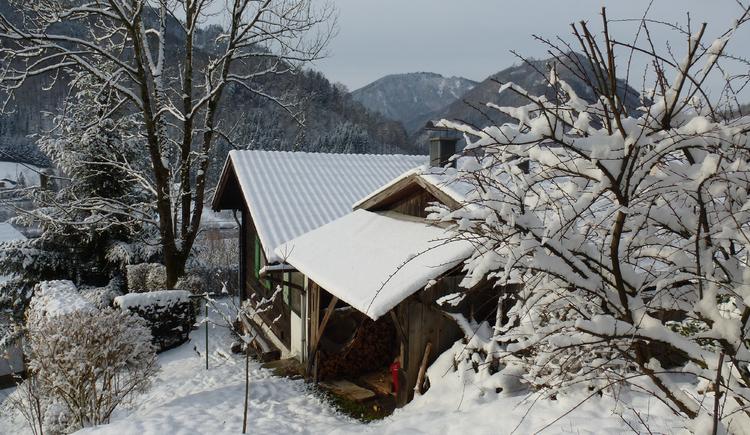 Ferienhaus Rosalinde - Blick von der Wiese aufs Haus
