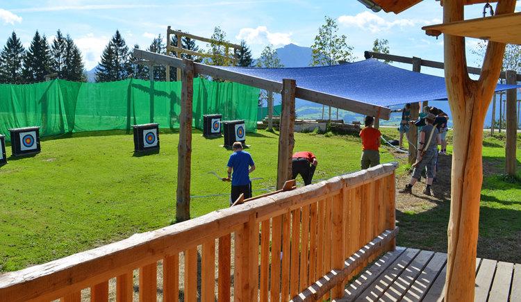 3D-Bogenschießen, einfach Spaß haben und Neues ausprobieren ist hier das Motto!\nErlebnisstationen wie Blasrohrschießen, Tomahawkwerfen, Bogenschießen, flüchtende Wildsau, Steinschleudern 3D - Bogenparcours & Compound Bogenschießen.