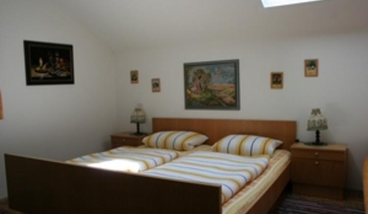 Grünes Zimmer Bett