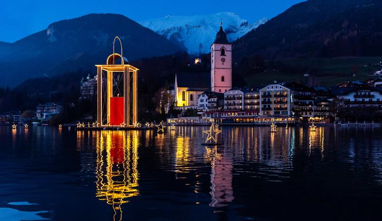 Wolfgangseer Advent 5 Wochen 7 Tage die Woche geöffnet. (© Romantik Hotel Im Weissen Rössl)