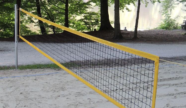 Volleyballpaltz - Holzöstersee Landesseite OÖ. (© TV-Franking)