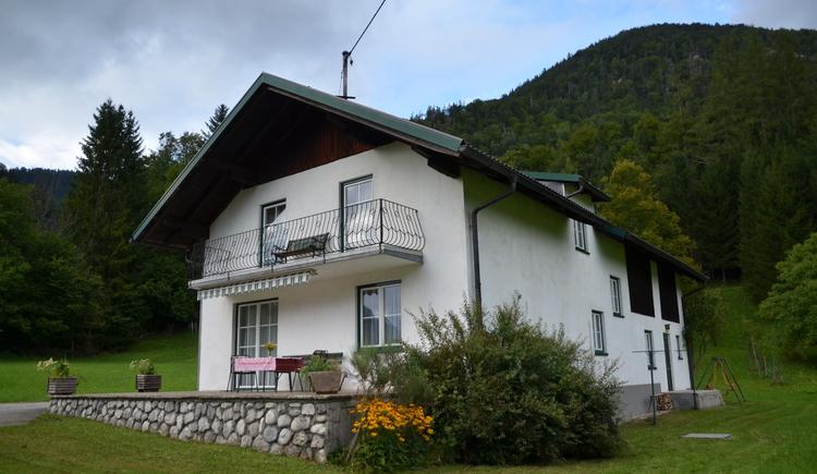 Sommeransicht Ferienhaus Binder in Grünau (© Binder)