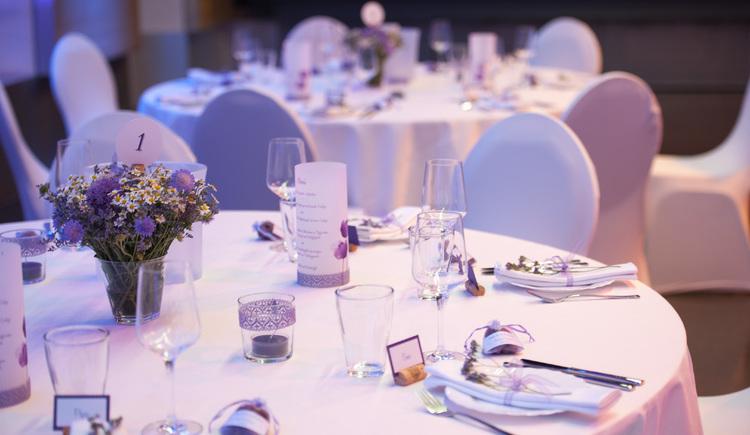 Tische (© Kultur- und Veranstaltungszentrum ALFA)