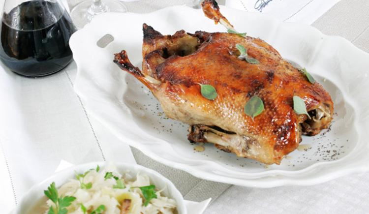 Genießen die chinesische Küche im Chinarestaurant Gen Ley in Bad Goisern am Hallstättersee. (© OÖ Tourismus)